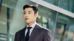 Woo Do-Hwan Pamer Kepala Botak Jelang Wamil, Ini Fakta-fakta Dirinya