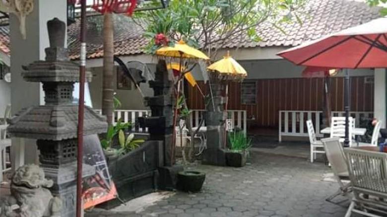 Di Pekalongan ada Resto Teras Bali