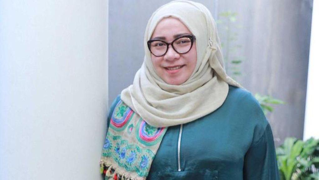 Melly Goeslaw Beri Layanan Endorse Makanan Gratis