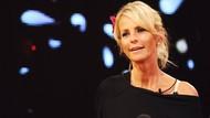 Ulrika Jonsson Sebut Foto Telanjang J-Lo Berdampak Buruk Bagi Perempuan