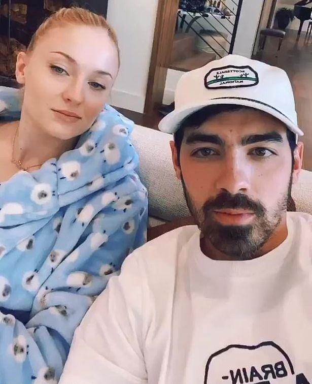 Joe Jonas dan Sophie Turner donasikan makanan