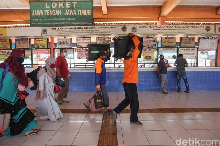 Presiden Joko Widodo telah resmi melarang warga untuk mudik, tepatnya dua hari lagi peraturan tersebut akan diterapkan. Bagaimana kondisinya sekarang?