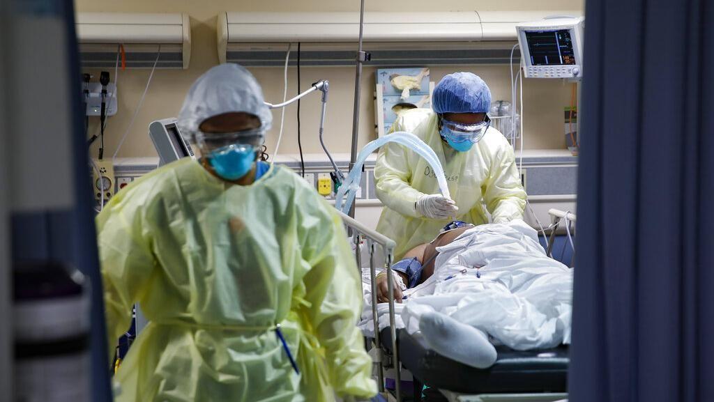 California Jadi Titik Kritis Corona, Rumah Sakit Nyaris Penuh