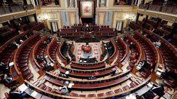 Ribuan Warga Kepung Gedung Parlemen Serbia