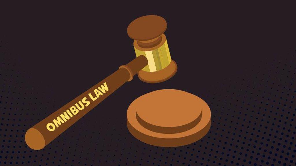 Luhut Sebut Omnibus Law Rampung Juli