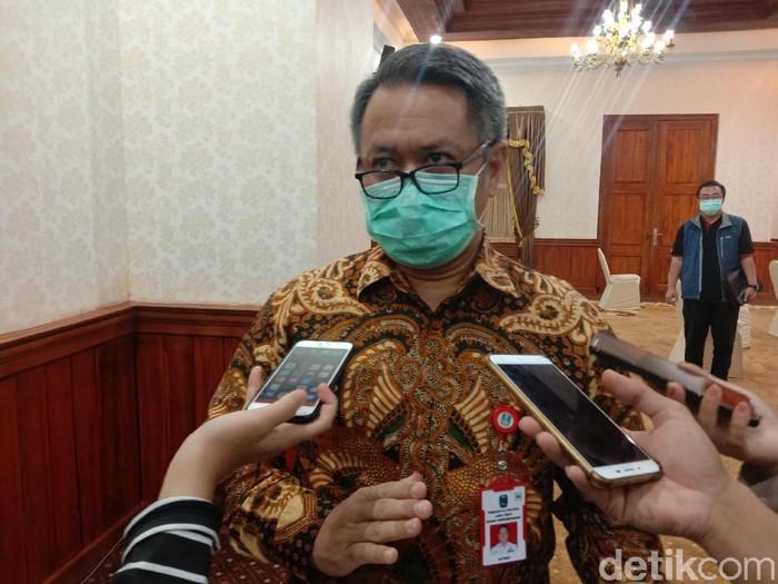 Presiden Joko Widodo telah menetapkan larangan mudik guna menakan angka kasus Corona. Namun sebelum larangan berlaku, jumlah pemudik di Jatim sudah mencapai 13.430 orang.