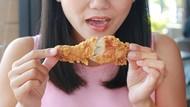 Waduh! Tulang Ayam Ini Tersangkut di Tenggorokan 14 Tahun
