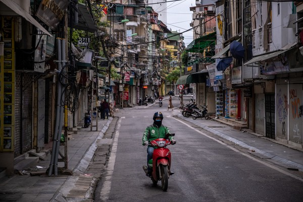 Menurut media lokal, dalam sebuah laporan, Vietnam kehilangan USD 7 miliar dari bulan Januari hingga Februari. Untuk saat ini, pariwisata domestik jadi prioritas utama