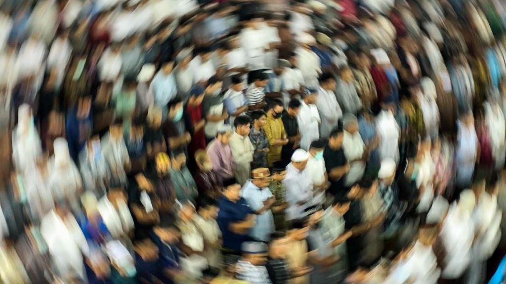 Quraish Shihab: Salat Jamaah di Masjid di Masa Wabah Mendekati Haram