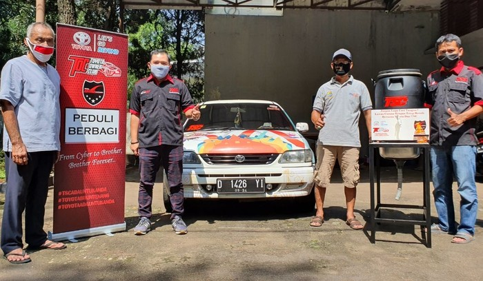 Cara Pencinta Toyota Soluna Bantu Perangi Corona