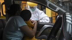 Rapid test jadi salah satu upaya untuk deteksi virus Corona di masyarakat. Namun beberapa waktu lalu WHO sarankan untuk tak deteksi COVID-19 dengan rapid test.