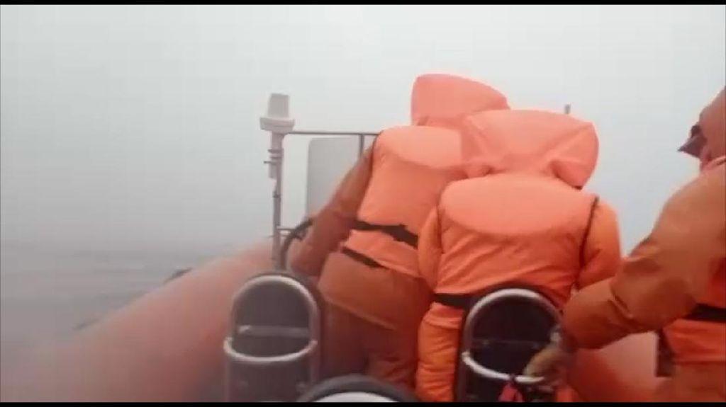 Pencarian Nelayan di Wakatobi Terkendala Ombak Setinggi 3 Meter