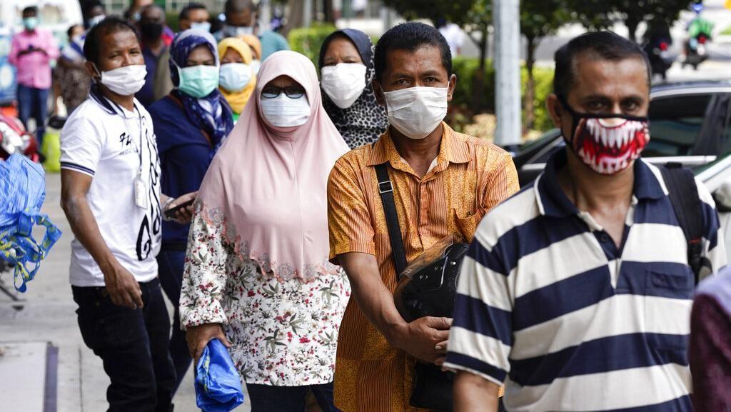 Negara-negara Ini Berlakukan Sanksi Jika Warganya Tak Mau Pakai Masker