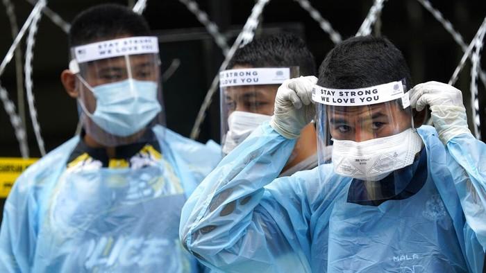 Otoritas Malaysia kembali memperpanjang penerapan lockdown untuk membatasi penyebaran virus Corona (COVID-19).