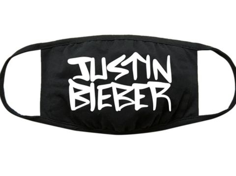 Masker Ariana Grande sampai Justin Bieber