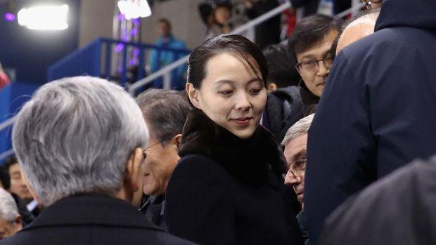 Kim Yo-jong, menghadiri Women's Ice Hockey Preliminary Round - Group B di Gangneung, Korea Selatan.