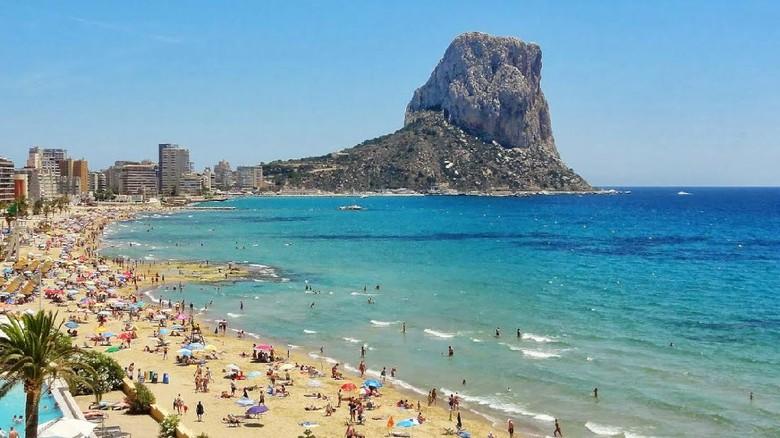 Kawasan wisata di Spanyol.