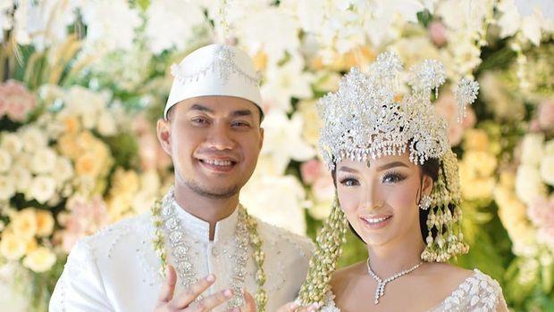 Zaskia Gotik menikah siri dengan Sirajuddin Mahmud.