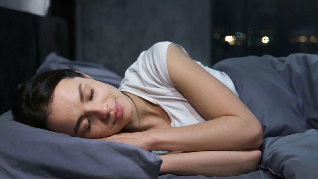 Benarkan Wanita Lebih Cepat Tidur Usai Bercinta?