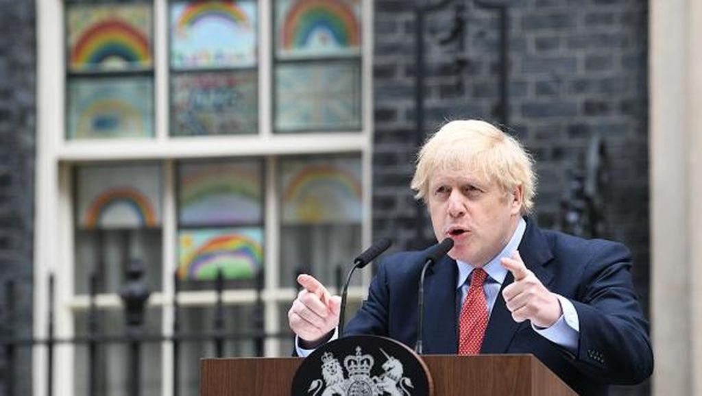 PM Inggris Tawarkan Visa untuk Jutaan Warga Hong Kong