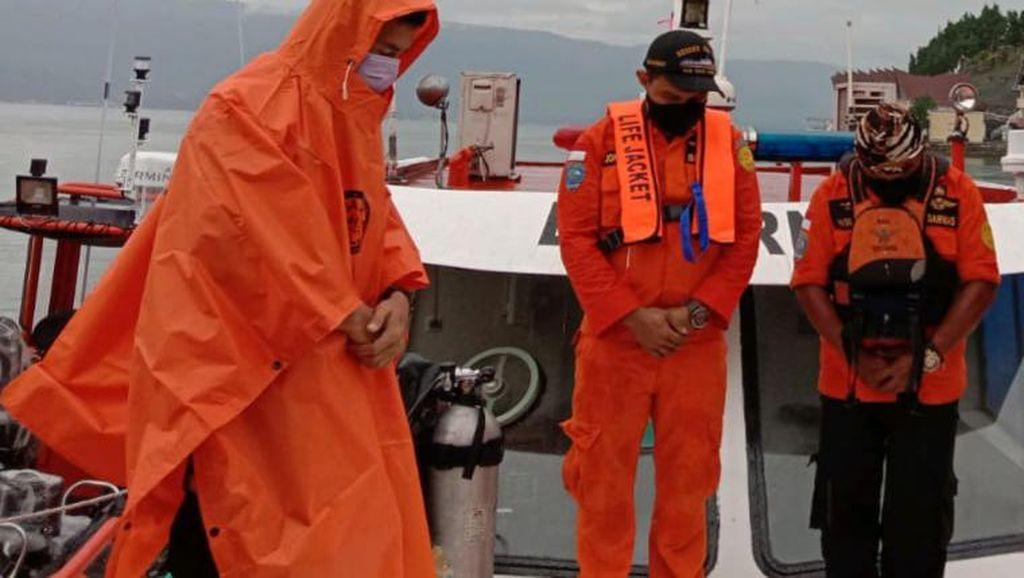 Seorang Pria Menghilang Saat Mandi di Danau Toba, Diduga Tenggelam