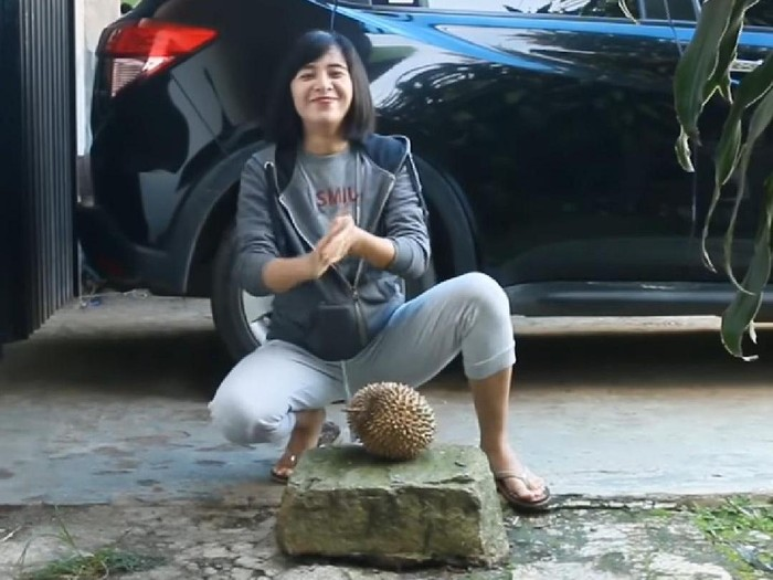 chintya candranaya belah durian