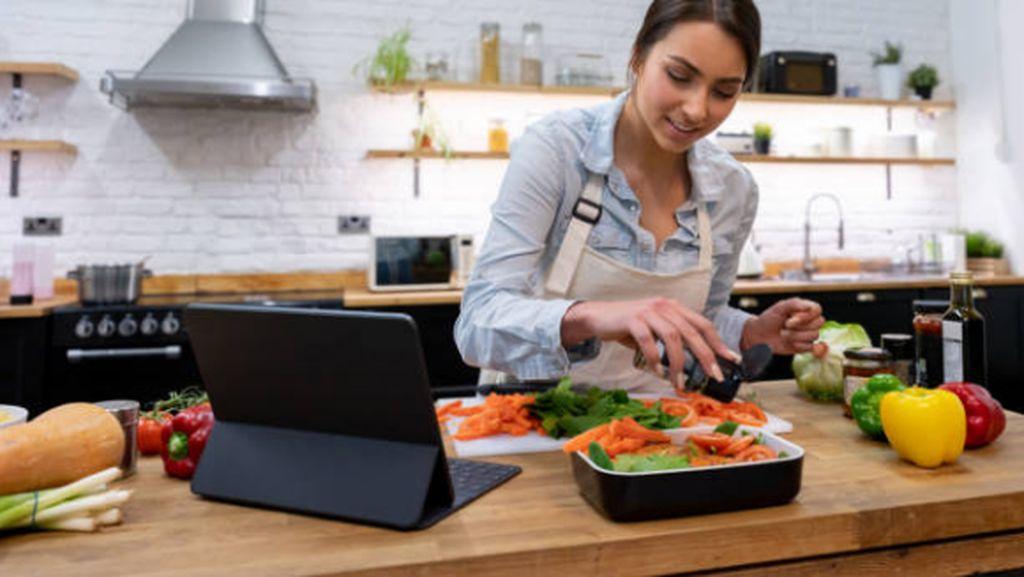 Foodies! Ini 5 Akun TikTok yang Bagikan Tutorial Memasak dengan Mudah dan Menarik