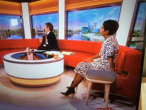 Penampilan presenter BBC Naga Munchetty yang kena cibiran netizen.