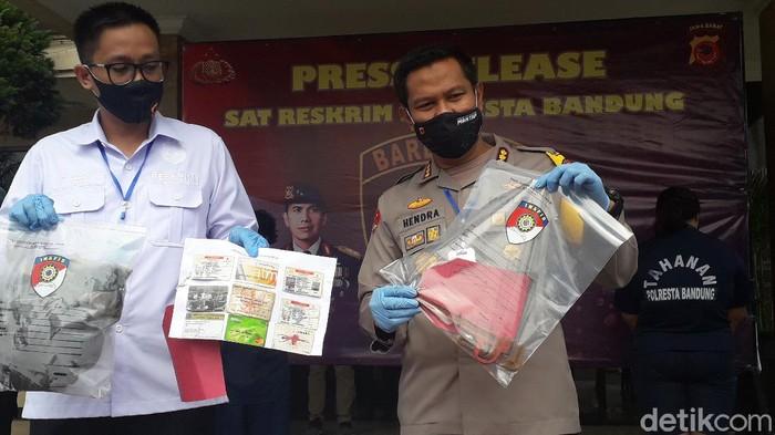 Polisi mengungkap pelaku pembunuhan driver taksi online di Pangalengan Bandung