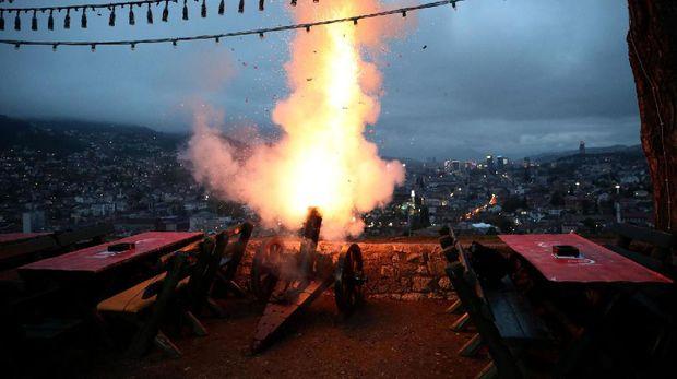 Meriam yang ditembakkan dari Yellow Fort di Sarajevo
