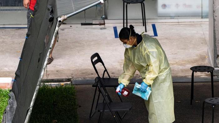 Total kasus virus Corona di Singapura telah melampaui 13 ribu kasus. Dengan jumlah tersebut Singapura menjadi negara kasus Corona tertinggi di Asia Tenggara.