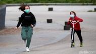 Cerianya Anak-anak Spanyol Bermain di Jalanan Usai Dikarantina