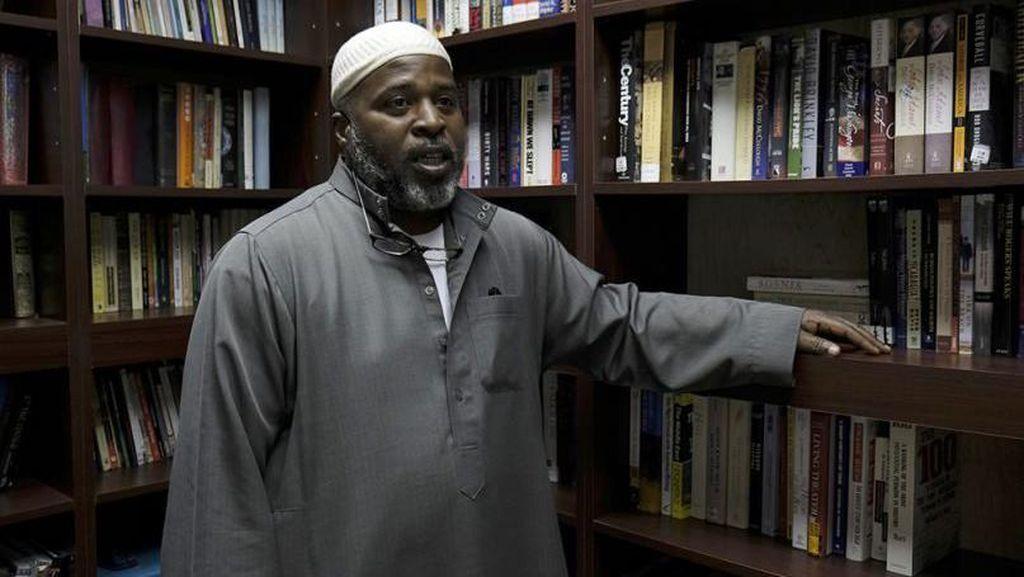 Kisah Imam yang Sebarkan Islam di Kota Dosa