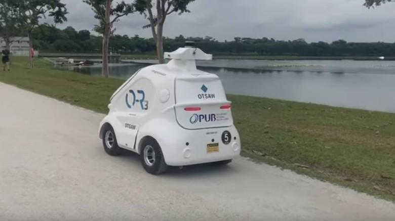 Robot O-R3, duta social distancing Singapura