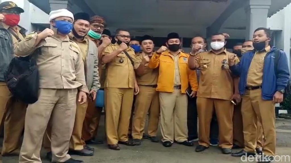 Kades di Sukabumi Klarifikasi soal Penolakan Paket Bantuan Ridwan Kamil