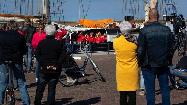 Mereka tiba di Pelabuhan Harlinger pada hari Minggu lalu (26/4)