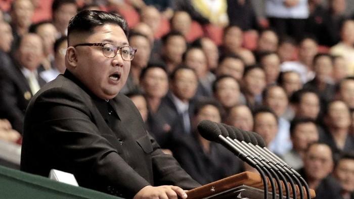Kabar kondisi kesehatan pemimpin Korea Utara Kim Jong Un jadi perhatian dunia. Berbagai isu muncul terkait kondisi kesehatan orang nomor satu Korea Utara ini.