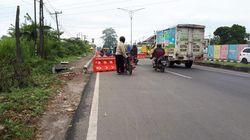 Polisi Buat Sekat Zig-zag di Perbatasan Periksa Pemudik Hendak ke Medan