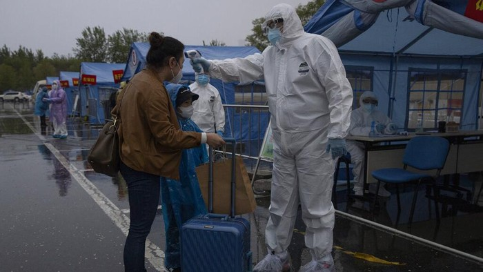 Otoritas Negara China mengumumkan bahwa seluruh pasien virus Corona di Wuhan, yang menjadi titik nol pandemi global ini telah dipulangkan dari rumah sakit.