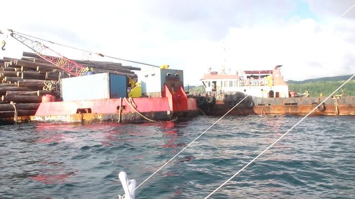 Kapal terdampar di Kabupaten Baru, ABK tak boleh turun karena takut bawa Corona