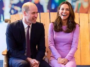 Kebotakan Dini, Pangeran William Disebut Tua dan Menyedihkan