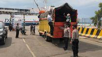 Truk Keluar Tanjung Perak Di-sweeping Antisipasi Penyelundupan Pemudik