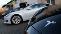 Belum Sebulan Kerja, Pria Ini Dituduh Curi Data Tesla