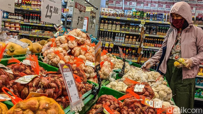 Menteri Perdagangan Agus Suparmanto mengatakan perkembangan harga pangan di pekan pertama Ramadhan masih stabil.