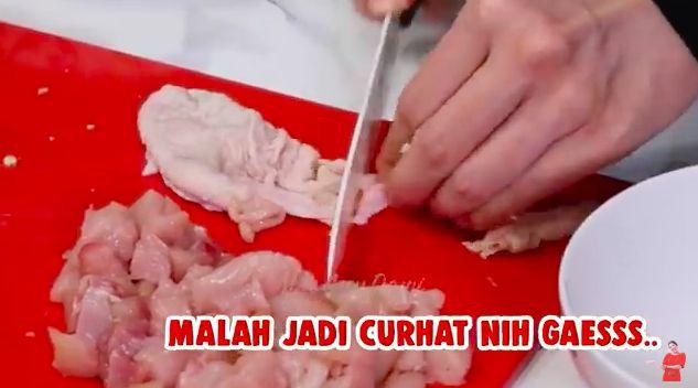 Resep mie ayam abang-abang ala Ayu Dewi