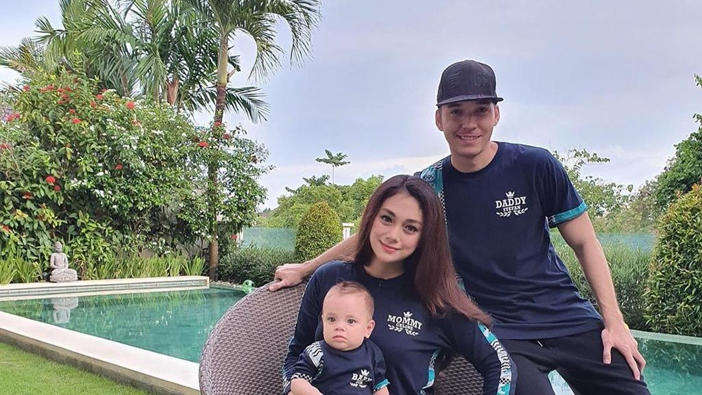Anak Celine Evangelista Mendadak Panas Pulang dari Bali, Diduga Ketempelan