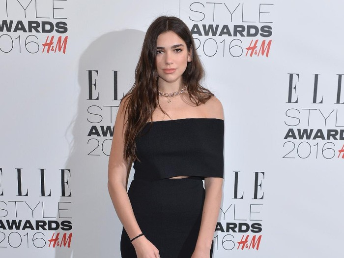 LONDON, ENGLAND - FEBRUARY 23:  Dua Lipa attends The Elle Style Awards 2016 on February 23, 2016 in London, England.  (Photo by Anthony Harvey/Getty Images)