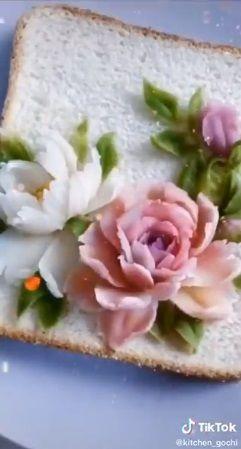 Roti tawar mawar