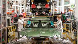 Pabrik Mobil Mewah Bentley PHK 1.000 Pegawai