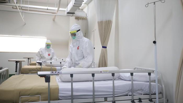 Ciputra Hospital menyiapkan sedikitnya 210 Bed isolasi untuk pasien COVID-19 yang berlokasi di Ciputra Hospital Citra Garden City, Jakarta. Ini potretnya.